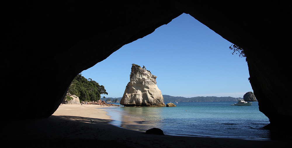 Cathedral Cove Image by hias_schell from Pixabay